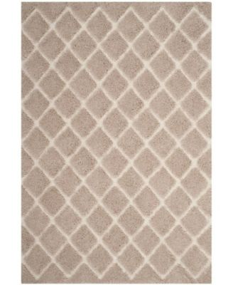 "Adriana Shag Beige and Cream 6'7"" x 6'7"" Round Area Rug"