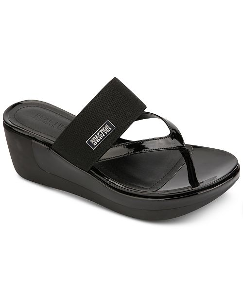 Kenneth Cole Reaction Women's Pepea Wedge Sandals