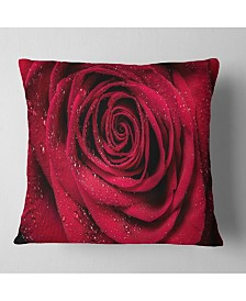 "Designart 'Red Rose Petals With Rain Droplets' Floral Throw Pillow - 16"" x 16"""