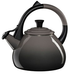 Le Creuset 1.6-Qt. Oolong Tea Kettle