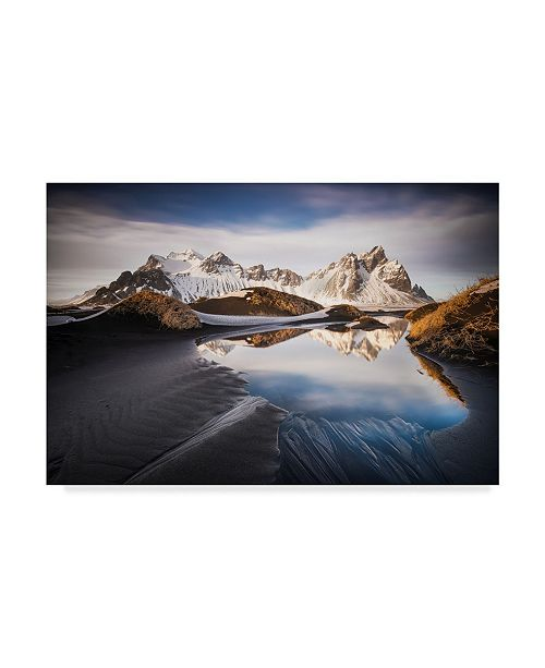 "Trademark Global Nicola Molteni 'The Mirror' Canvas Art - 32"" x 2"" x 22"""