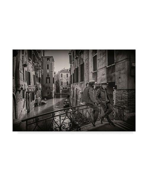 "Trademark Global Vito Guarino 'Gondolieri' Canvas Art - 32"" x 22"" x 2"""