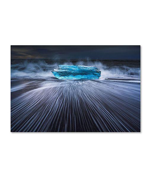 "Trademark Global Jingshu Zhu 'Blue Diamond' Canvas Art - 32"" x 22"" x 2"""