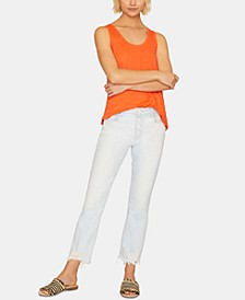 Connector Kick Frayed-Hem Capri Jeans