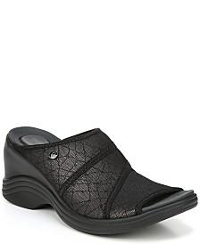 Bzees Huggable Sandals