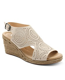 XOXO Summerdale Espadrille Wedge Sandals