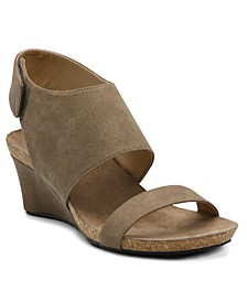 Trevin Mid-Wedge Sandal
