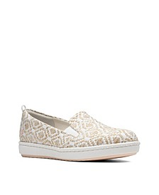 Women's Cloudsteppers Step Glow Slip Canvas Flats