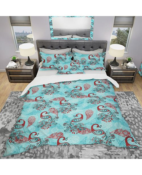 Design Art Designart 'Winter Pattern With Peacocks and Snowflakes' Modern and Contemporary Duvet Cover Set - King