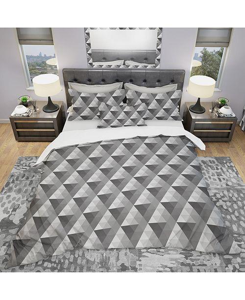 Design Art Designart 'Monochromatic Pattern With Triangles' Modern Duvet Cover Set - King