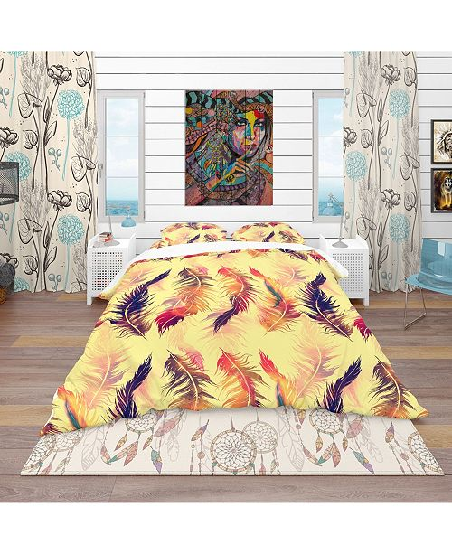 Design Art Designart 'Pattern With Imprints Of Flying Bird Feathers' Southwestern Duvet Cover Set - Queen