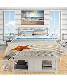 Designart 'Brown Starfish On Caribbean Beach' Beach Duvet Cover Set - King