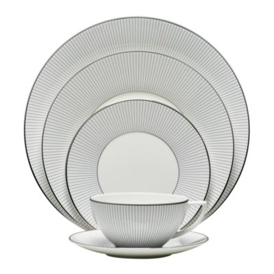 Pin Stripe 5 Piece Place Setting