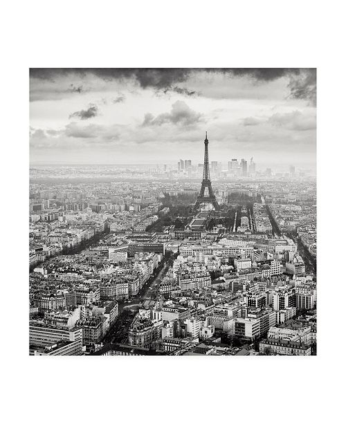 "Trademark Global Wilco Drag La Tour Eiffel et La Defense Canvas Art - 19.5"" x 26"""
