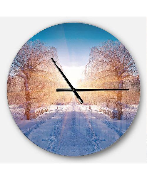 Design Art Designart Oversized Traditional Round Metal Wall Clock