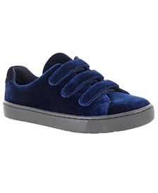 Easy Street Sport Strive Sneakers