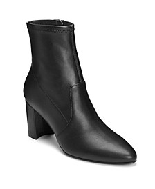 Women's Nikname Heeled Ankle Boot
