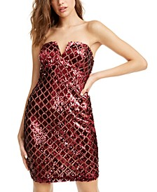 Juniors' Strapless Sequined Fishnet Dress