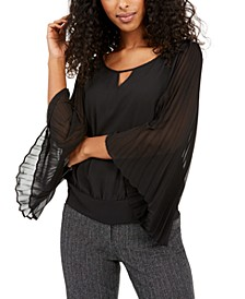 Juniors' Pleated-Sleeve Top
