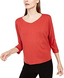 V-Neck 3/4-Sleeve Top