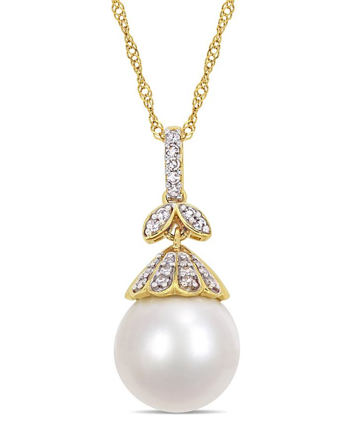 "Macy's - South Sea Cultured Pearl (10-10.5mm) and Diamond (1/10 ct. t.w.) Vintage 17"" Necklace in 14k Yellow Gold"