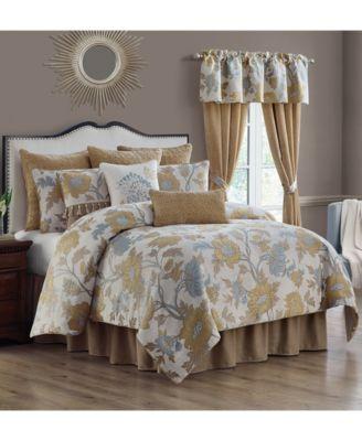 Jolene 4-Piece King Comforter Set