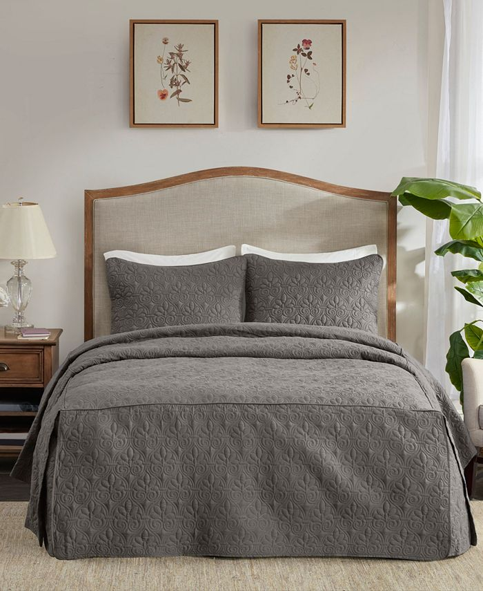 Madison Park - Quebec 3 Piece Queen Fitted Bedspread Set