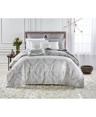LAST ACT! Classic Embossed Jacquard Queen Coverlet