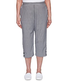 Checkmate Gingham Button-Trimmed Capri Pants