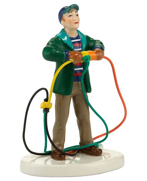 Department 56 Snow Village National Lampoon's Christmas Vacation Fire It Up Dad Collectible Figurine