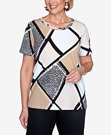 Short Sleeve Animal Patchwork Print Knit Top with Lattice Neckline