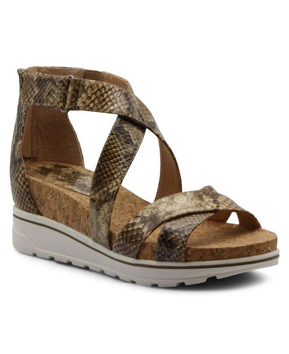Adrienne Vittadini Women's Chita Sandals