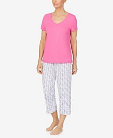 Women's V-neck T-shirt with Capri Pant Set
