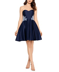 Juniors' Strapless Appliqué Dress
