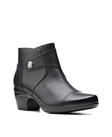 Collection Women's Emily Calle Booties