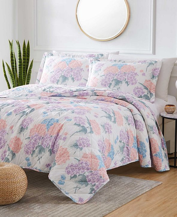 Olivia Gray St. Croix Hydrangea 3-Piece Reversible Quilt Set, Queen
