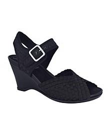 Varla Footbed Sandal