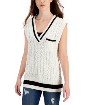 Juniors' Cable-Knit Sweater Vest