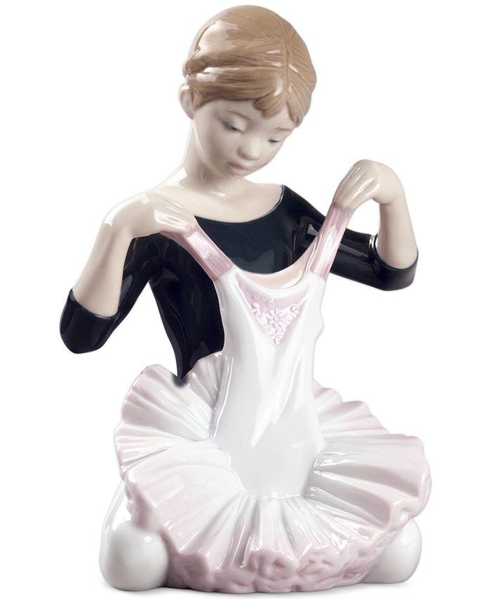 Lladró - Lladro My Debut Dress Figurine