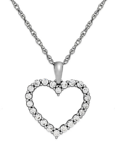 Diamond Heart Pendant Necklace in 14k White Gold (1/4 ct. t.w.)