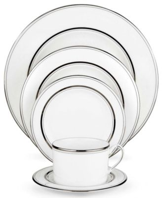 Library Lane Platinum 5 Piece Place Setting