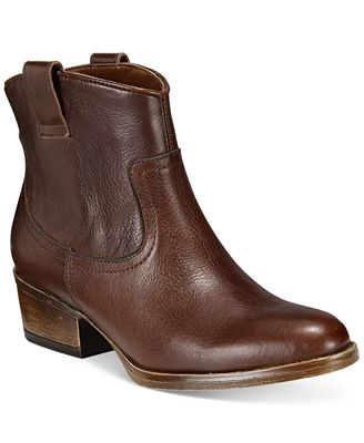 Kenneth Cole Reaction Women's Hot Step Booties