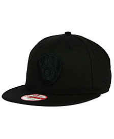 New Era Milwaukee Brewers Black on Black 9FIFTY Snapback Cap