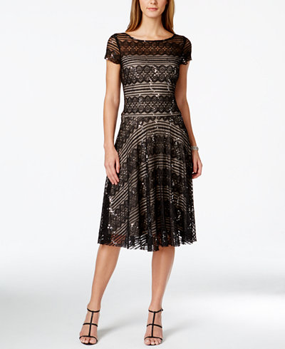 Whether you're the sophisticated wedding guest, getting date-night ready or turning heads at your holiday party, you can breathe easy-these must-have dresses will make you the talk of the event. Peruse our elegant maxis, cocktail dresses and structured sheaths - they look amazing on just about everyone.