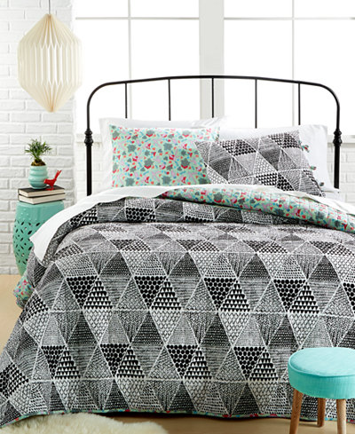 CLOSEOUT! Katkow 3-Piece King Quilt Set