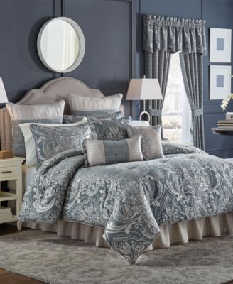 Gabrijel Queen 4-Pc. Comforter Set