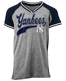 5th & Ocean New York Yankees Rhinestone Script T-Shirt, Girls (4-16)