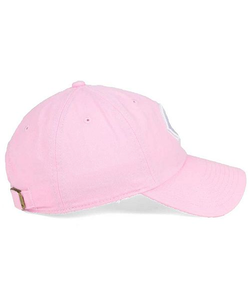 best authentic f0145 2a5e6 ... czech 47 brand womens cincinnati reds pink white clean up cap sports  aa622 26d4d