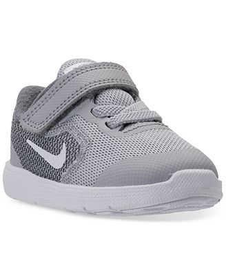 nike toddler boys revolution 3 stay put closure running
