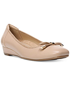 Naturalizer Dove Flats